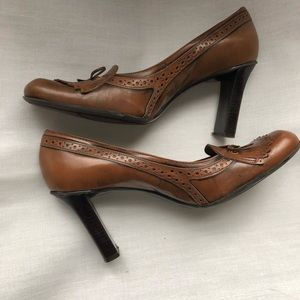 Nine West Brown Tassel Heeled Loafers Size 10